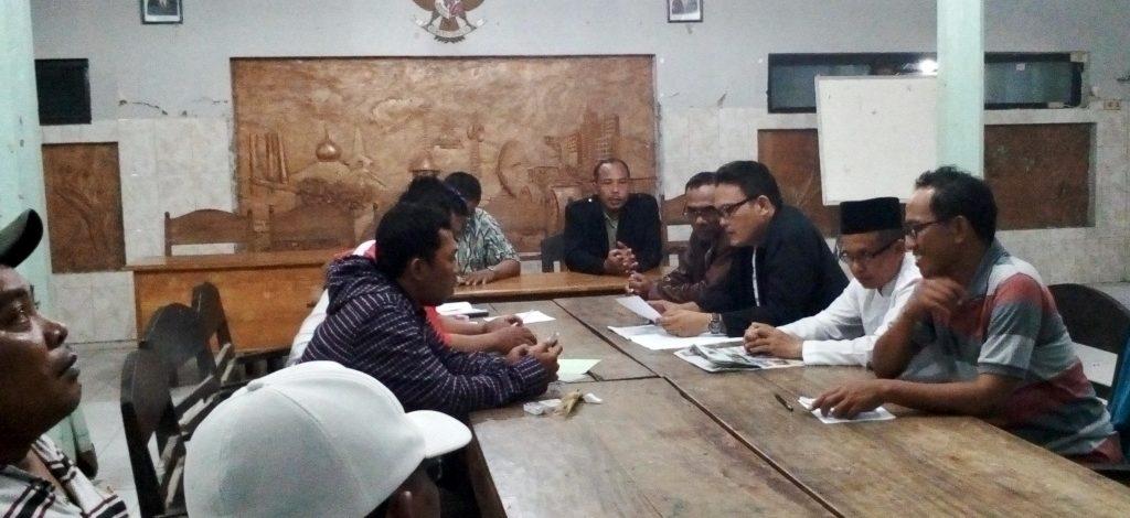 Kepala Desa Backup Kekurangan Anggaran  HUT RI